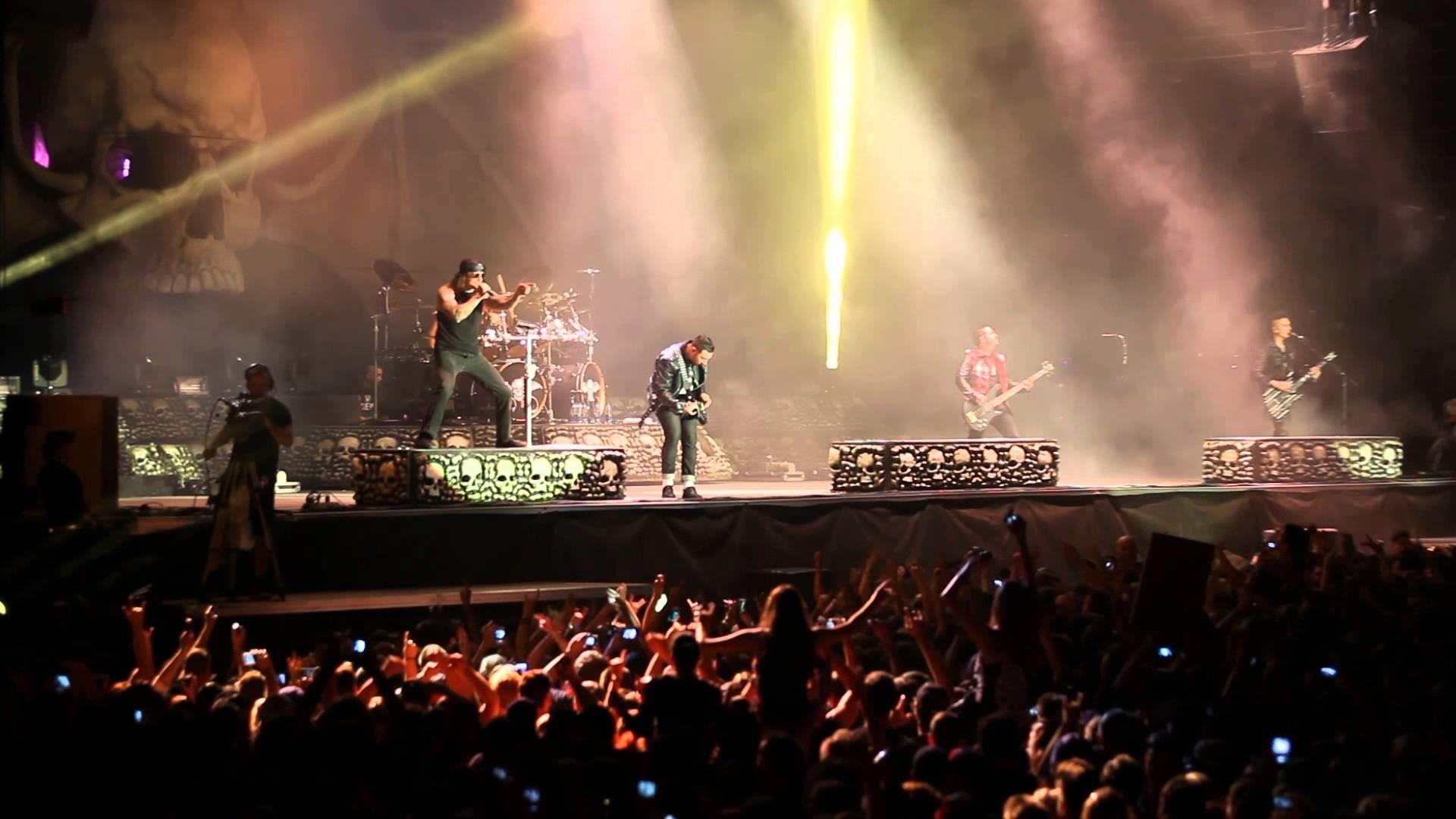 Avenged Sevenfold Avenged sevenfold live photos