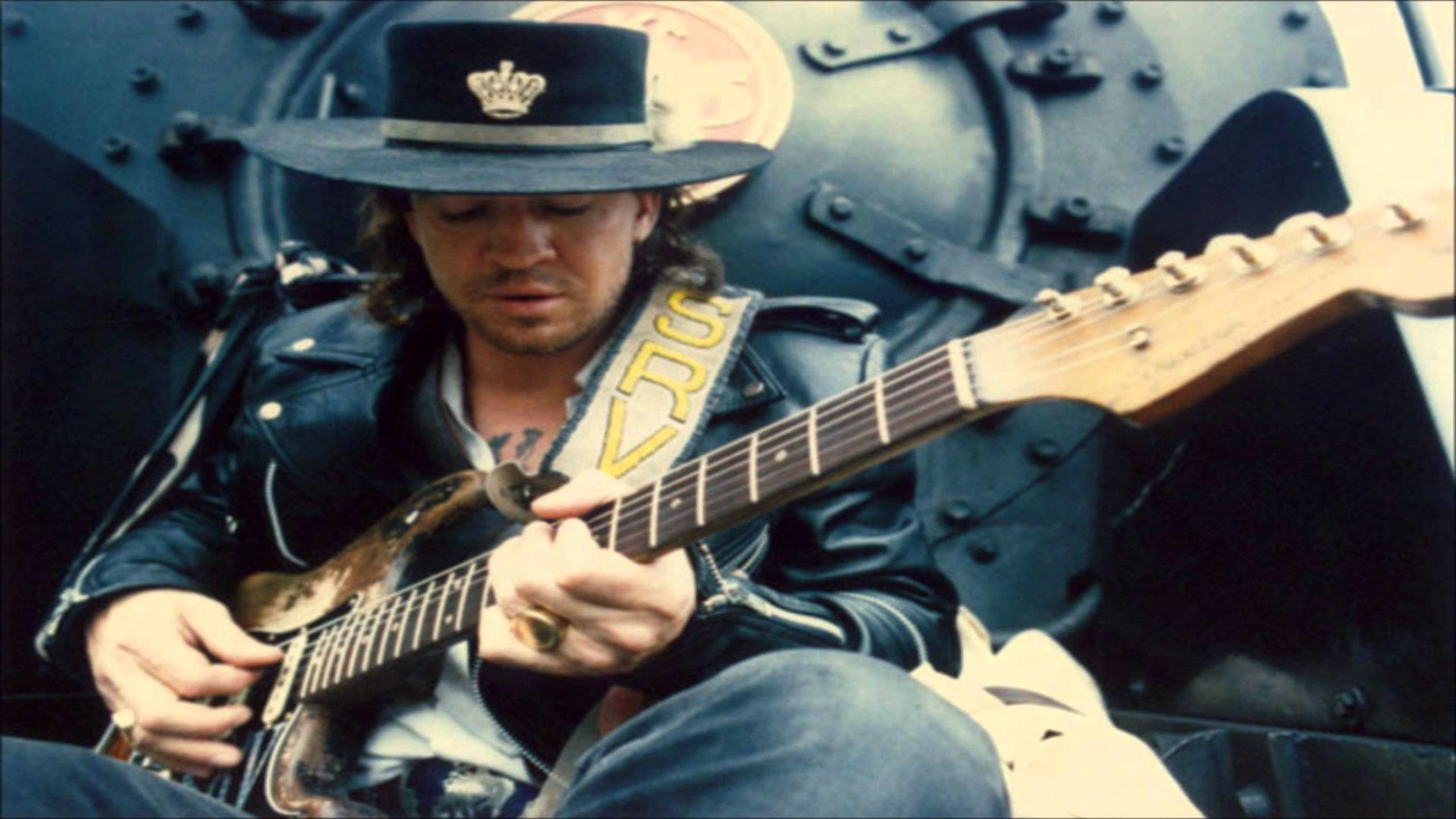 stevie ray vaughn essay This week marks 25 years since blues guitarist stevie ray vaughan's death on april 9, 1985, the texas legend performed for more than 42,000 fans who had gathered to help the astrodome celebrate.