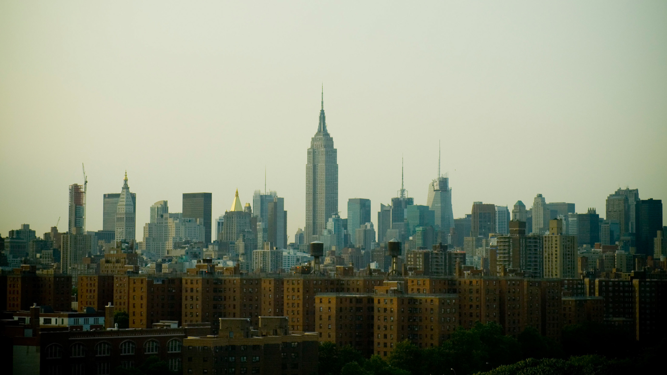 2560x1440 Empire State Building Wallpaper Background 51592