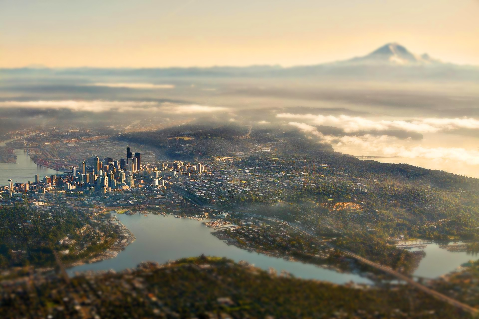 1920x1280 landscape, Nature, Tilt Shift, City, Seattle, Mount Rainier, Clouds  Wallpapers HD / Desktop and Mobile Backgrounds