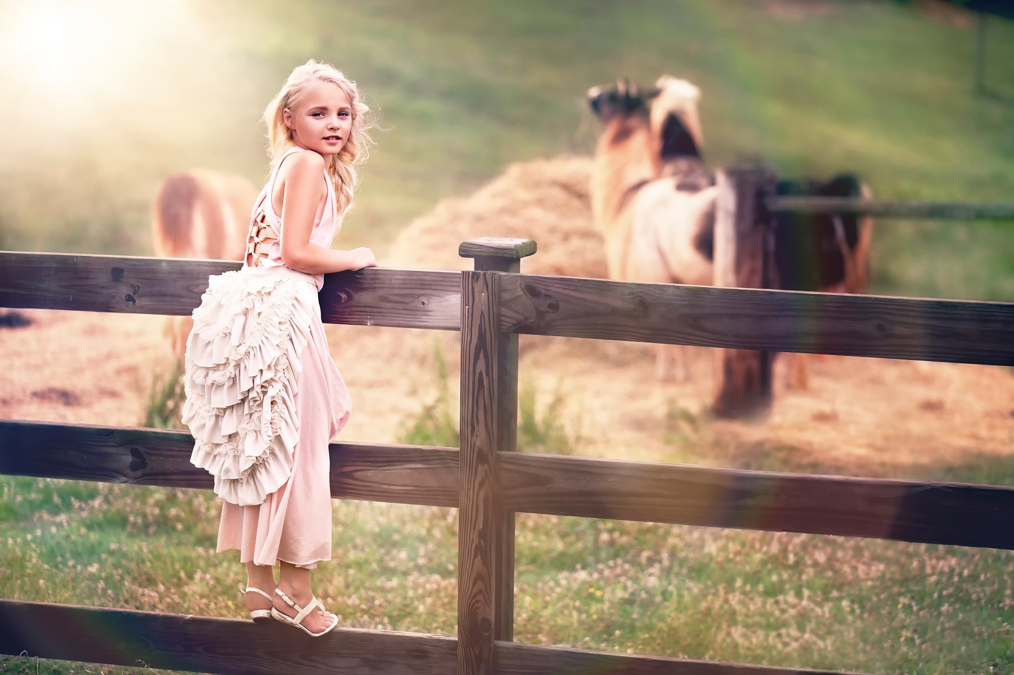 2048x1365 Photography baby girl fence country farm beauty hd photos.