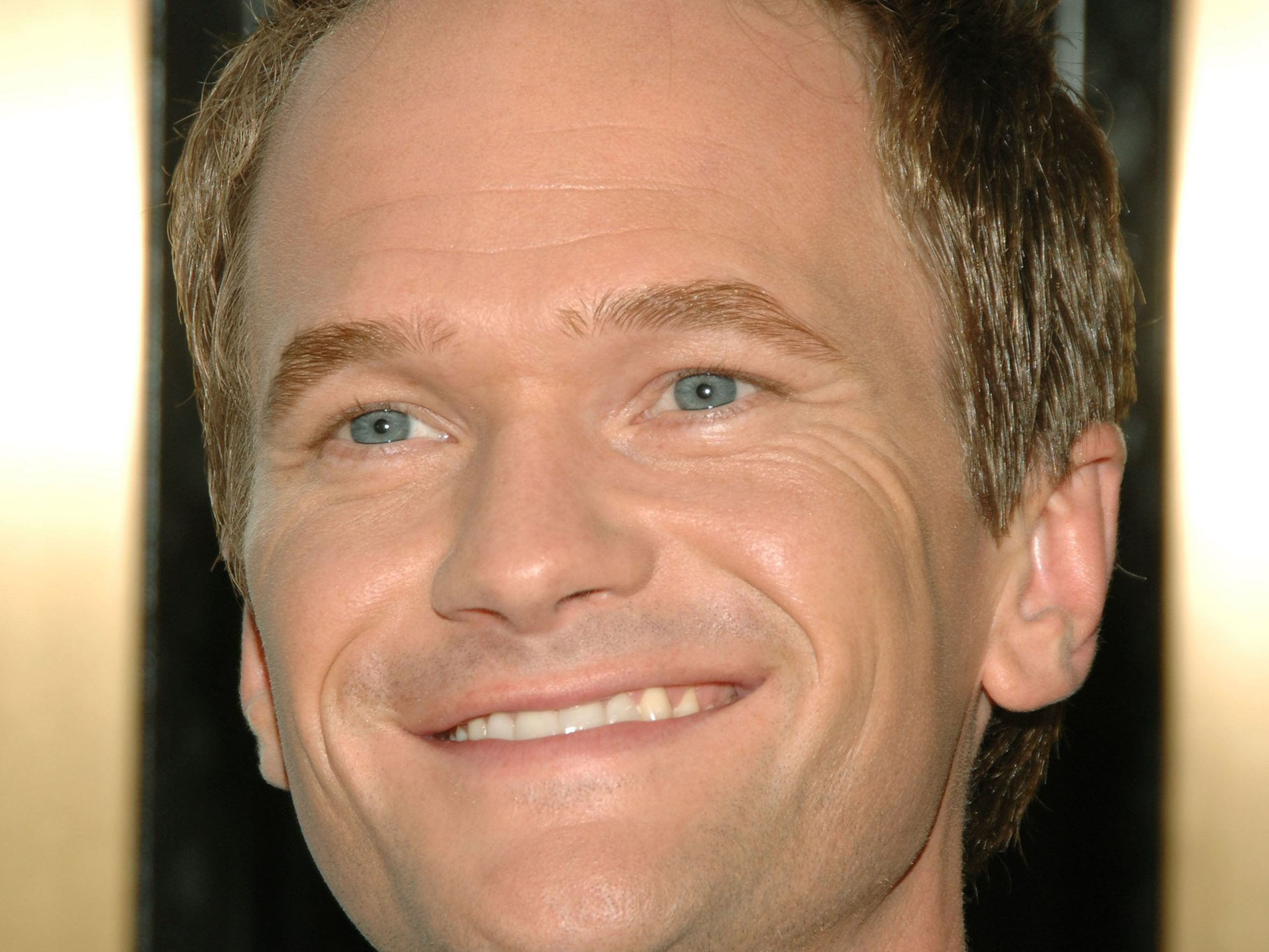 2560x1920 neil patrick harris closeup wallpaper