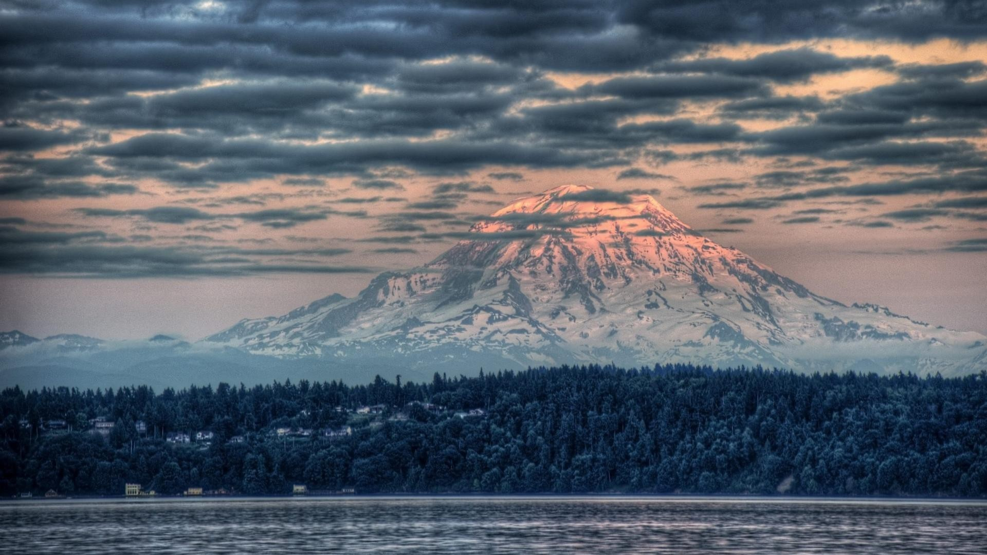 1920x1080 Majestic mount rainier at sunset hdr wallpaper