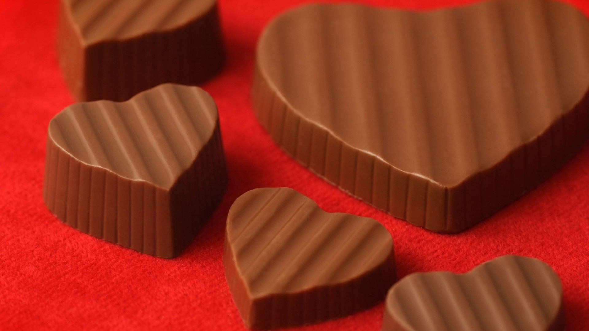 1920x1080  Wallpaper chocolate, heart, delicious, dessert, candy