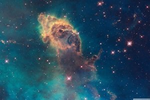 Hubble Wallpaper 2880x1800 for 4K monitor